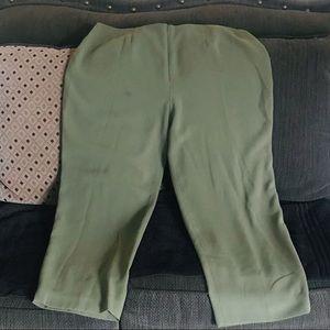 Dress pants size 18WP !